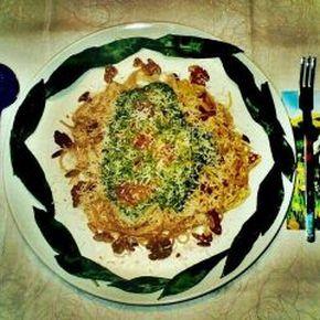 Ein vegetarischer Frühlingsgenuss zu köstlichem Erlanger Hefeweizen: Spaghetti mit frischer Bärlauchsoße