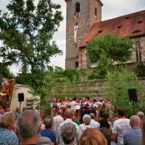Ottensooser Kirwa 2012: Vogelsuppe - Kitzmann-Bier - Baumaufstellen - Kirchweihsingen -Storchenglück!
