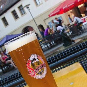 """Das neue """"Altstadtweizen"""" zum Erlanger Altstadtfest 2012"""
